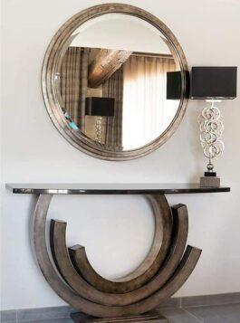 Chester mirror console